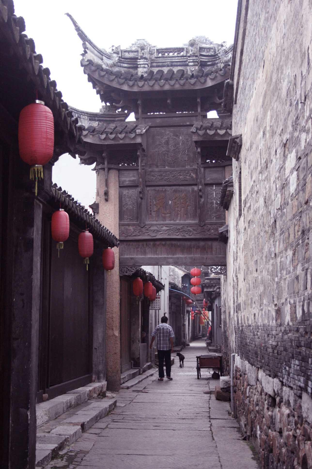 上海郊外の古鎮 old canal town outside shanghai