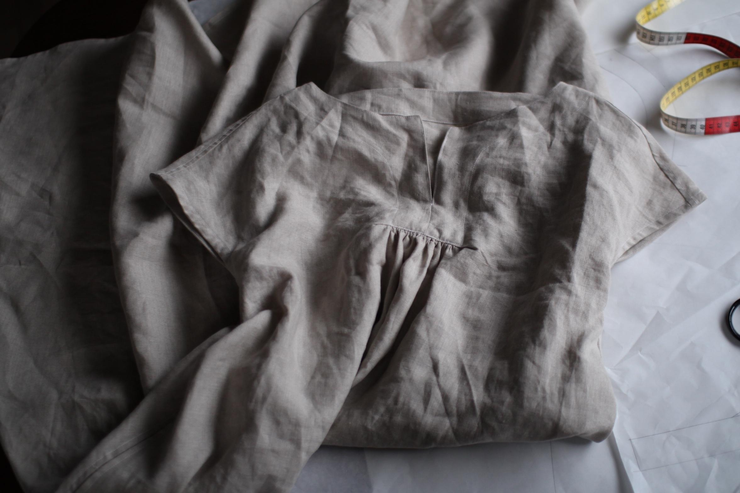 リネンのワンピース、試作です。Linen dress for 2016