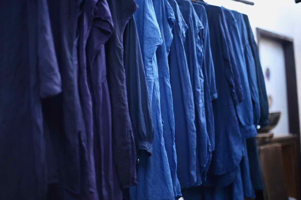 藍とたんぽぽ色