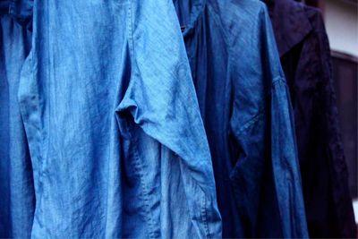 草木染め 天然の藍で染めたシャツ natural indigo dyed shirt and blouse